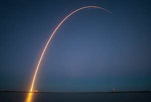 Nine epic photos of SpaceX rockets