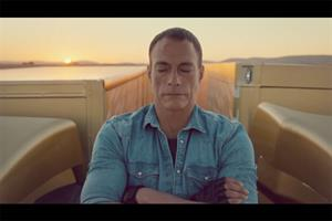 Jean-Claude Van Damme, two trucks, one epic split