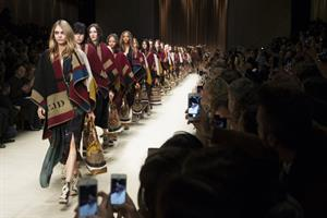 Burberry partners with WeChat to strengthen online presence in China