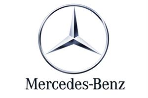 Social Tracker: Mercedes-Benz