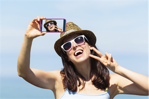 Consumers urged to ditch the selfie