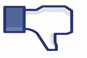 Why brands are un-friending Facebook to follow Twitter