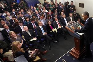White House shows little love for press corps, study shows