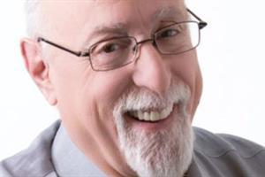 'The Kingmaker' abdicates: Mossberg is retiring