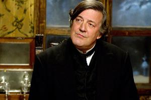 Stephen Fry supports GP's e-petition to stop the Health Bill