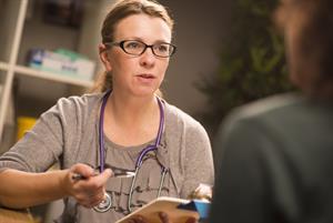 NICE backs QOF target for postnatal mental health checks