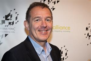 Give five-year contracts to seven-day GP pilots, urges NHS Alliance chairman