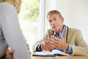Revalidation pushing older GPs to retire early, researchers confirm