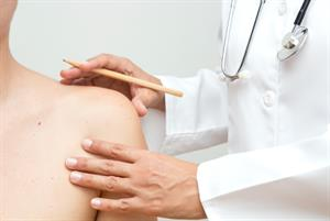 GP minor surgery safe, prompt and effective, researchers find