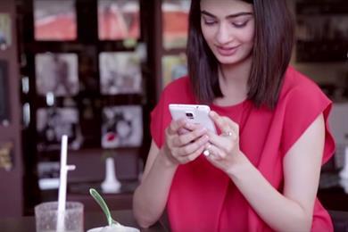Dentsu Aegis and SMG share global telecoms brief