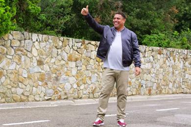 Gravity Road creates football trick shot contest between Ronaldo and Neymar for PokerStars