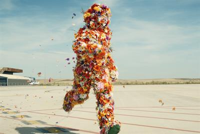 EasyJet seeks to counter terror gloom with new ad