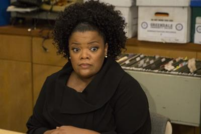 SheaMoisture followed a pattern of racist brand behavior, says Yvette Nicole Brown