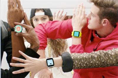 Google offers Apple Watch riposte