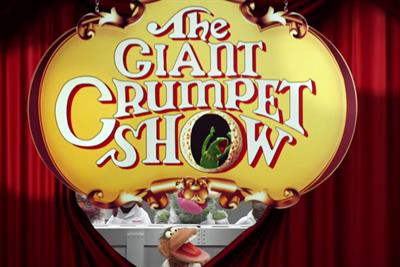 "Warburtons ""The Giant Crumpet Show"" by WCRS"