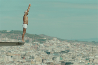 Apple's stereo speakers propel an epic dive in iPhone 7 spot