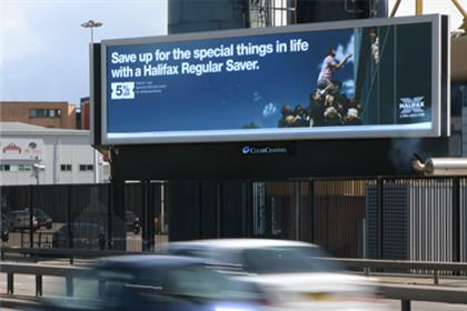 Outdoor: extra outdoor ads boost online ROI for finance brands