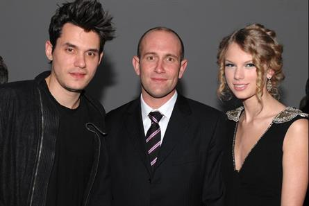 Vevo: chief executive Rio Caraeff, centre, with John Mayer and Taylor Swift
