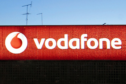 Vodafone: Carat scoops account