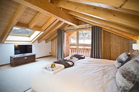 In Pictures: New 'super-chalet' for incentives launches in Méribel