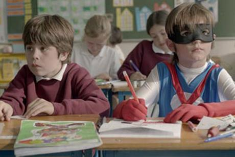 Axa: 'sidekick' TV spot