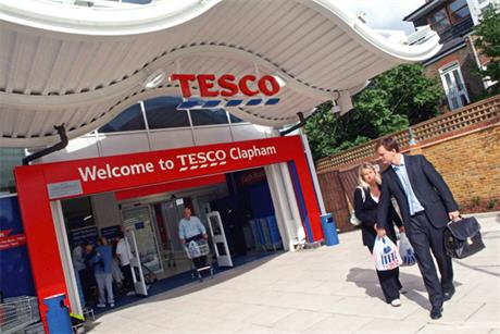 Tesco: online reputation hit a negative score after reports of market share fall and customers taking to social media sites to criticise poor service