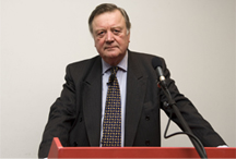 Ken Clarke: Britain needs to stop its 'nervous breakdown' over EU