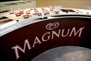 Cool: the Magnum dipping bar