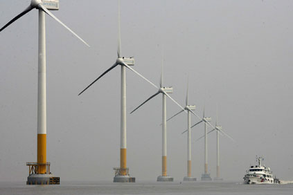 Shanghai&#39;s East Sea Bridge offshore wind farm is China&#39;s first large-scale wind farm 