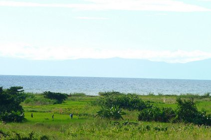 The shores of Lake Malawi are believed to possess an abundent wind supply