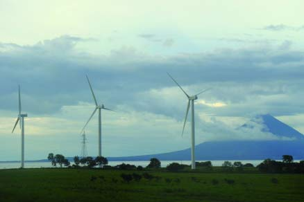 Suzlon&#39;s S88 2.1MW turbines feature in Nicaragua&#39;s first wind farm at Amayo, Lake Nicaragua