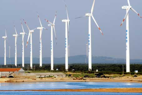 Goldwind 1.5MW turbines in use at Shenhua Guohua Zhongdian wind farm in Rongcheng City, Shandong Province
