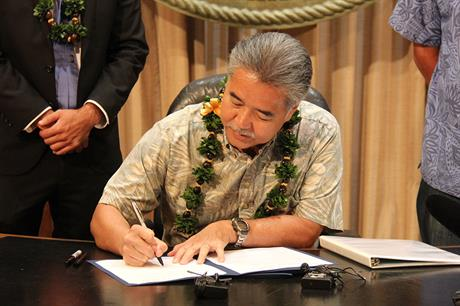 Hawaii governor David Ige signed the bill in to law