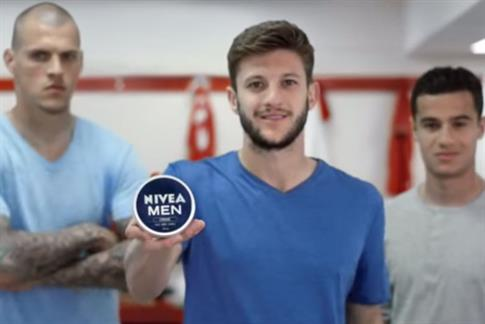 Liverpool footballers star in Nivea ad