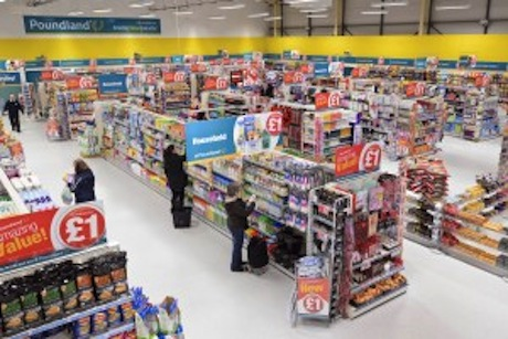 UK shoppers spend 17% more at bargain shops