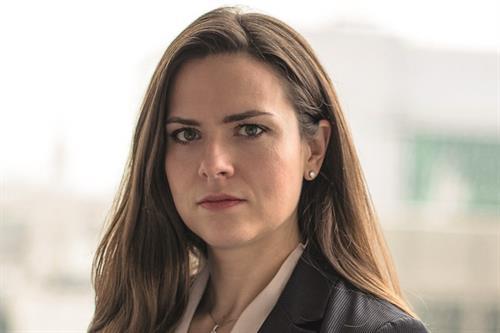 Fiona Stevens, 34