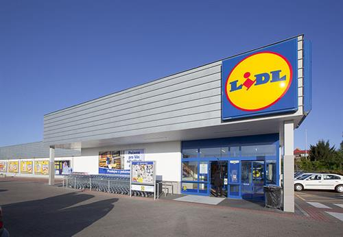 Aldi and Lidl grow at the expense of the Big Four