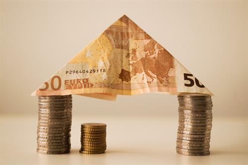 Can the eurozone be kept alive?