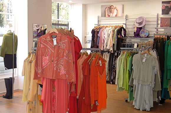 Charity shop: can distribute all taxable profits to parent charity
