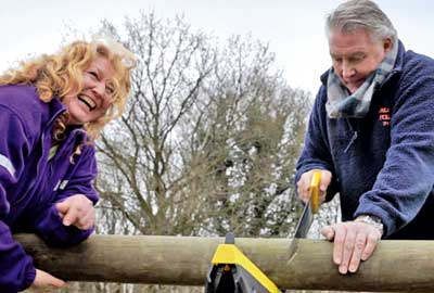 Charlie Dimmock and Tommy Walsh