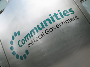 Communities and local government: £400,000 grant threshold