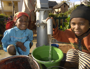 WaterAid's safe water work in Madagascar [WaterAid/Marco Betti]