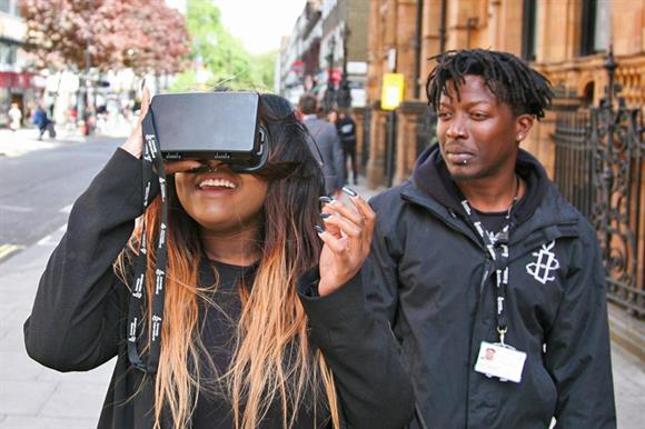 The virtual reality headset in action