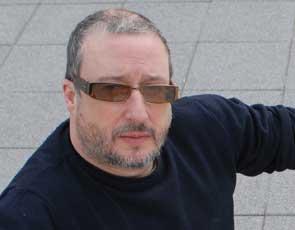 Tony Heaton