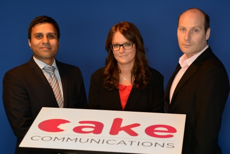 Sara Robinson with Richard Alvin (r) and deal adviser Sheraz Akram (l)