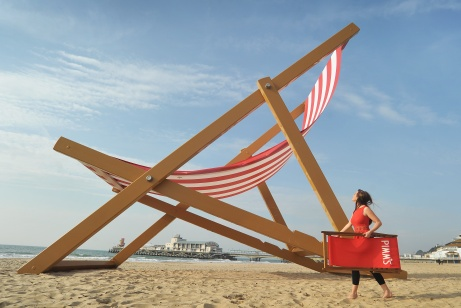 Pimm's: world's largest deckchair stunt