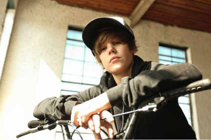 Justin Bieber: LD Communications to handle PR for world tour