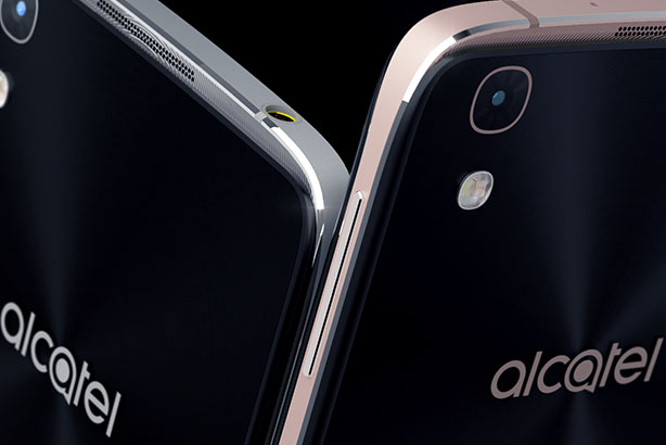 Alcatel's Idol 4 handset (@Alcatel-Mobile.com)