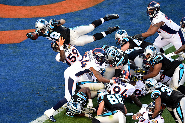 Jonathan Stewart of the Carolina Panthers dives for a touchdown during the game (Credit: Harry How/Getty Images)