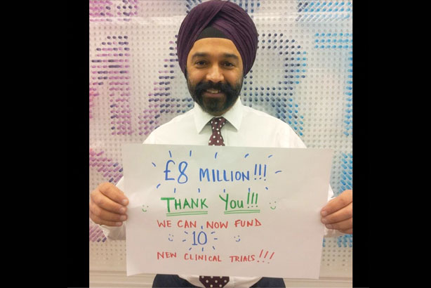 Cancer Research UK's chief executive Harpal Kumar thanks those who donated